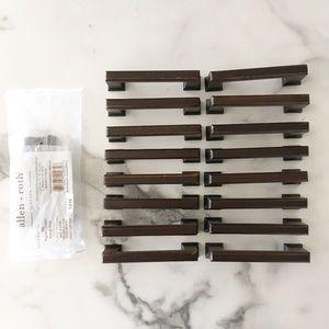 Allen + Roth Gladden Bronze Drawer Pulls Set of 17